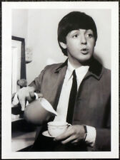 THE BEATLES POSTER PAGE . PAUL MCCARTNEY 1964 BBC STUDIOS MANCHESTER . U29