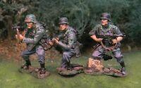 THE COLLECTORS SHOWCASE WW2 GERMAN NORMANDY CS00698 PANZER LEHR TANK RIDERS MIB