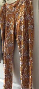 Fabletics Sz XL Golden Rod Floral Cotton Spandex Leggings without tags