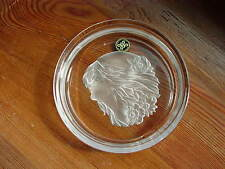 "Hoya Japan Art Glass Crystal  Dish With Intaglio Cut ""Maidens Head"""