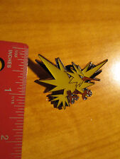 ZAPDOS EX Metal PIN/BADGE Pokemon XY Legendary Bird Collector from Blister Pack