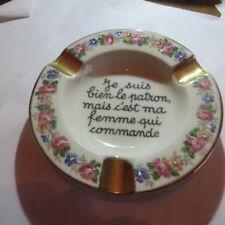 1 cendrier avec fleurs et or « Limoges B R France » signé « Je suis bien le patr