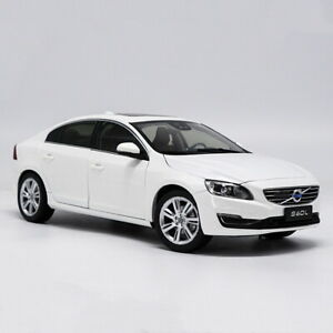 1/18 Scale Volvo S60 S60L T5 White Diecast Car Model Toy Collection