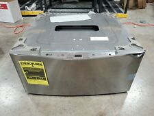 New Open Box Scratch and Dent Lg Pedestal Washer Wd200Cv A2