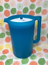 Tupperware Classic 1 Gallon Blue Pitcher with White Push Button Seal