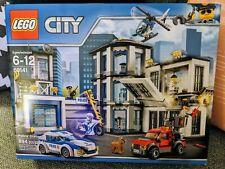 Lego City POLICE STATION Building Toy 894pc Set 60141 - RETIRING