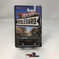#3006  1988 Jeep Wagoneer * Hot Wheels Boulevard * WC2