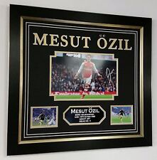 ** NEW MESUT OZIL of Arsenal Signed PHOTO PICTURE AUTOGRAPH Display ***