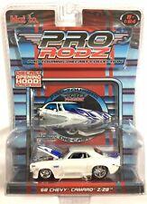 Maisto 2005 Pro Rodz Car Pearl White 1968 Chevy Camaro Z/28 Opening Hood 1/64