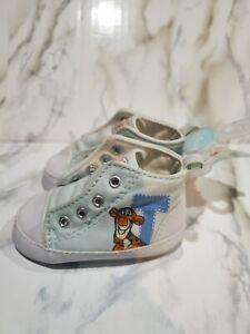 Disney Winnie the Pooh Tigger Infant Slip On Shoes 3-6 months Blue /White
