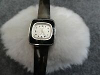 Vintage Swiss Made a Propos 17 Jewels Incabloc Wind Up Ladies Watch