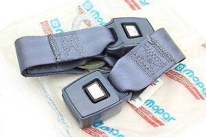 87-90 GRAND CARAVAN OEM NEW SEAT BELT BUCKLE RECEPTACLE REAR SEAT INNER SP112