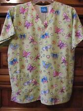 H.Q. Scrub.Butterflies/Hearts/ Stars on Lime Green.2 Patch Pockets.Size S-M