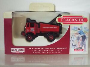 1/76 Scale Lledo Trackside DG 114004 AEC Mammoth Ballast Winch London Brick, NEW