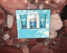 NWT Bliss Mini Travel Bath 3pc Set Snow Berry Hand Cream Body Wash Body Butter