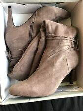 New Women's Covington Gabrielle Suede Fashion Boots Taupe