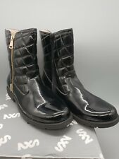 STEP2WO WOMANS GIRLS NOLA BLACK QUILTED PATENT BOOTS SIZE UK 7 EU 40