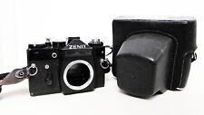 Vintage Zenit 11 35mm cámara SLR de película Solo Cuerpo Montaje M42 Con Estuche