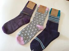 3 PAIRS WOMENS NOVELTY TROUSER SOCKS *  GRAY/RED  * SO SOFT! *  BY GH BASS