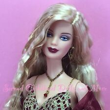 Barbie JAMES BOND GIRL Mackie Face Long Wavy Blonde Doll in Red Gold Dress C70