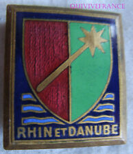 IN13341 - INSIGNE 1° Armée, émail, RHIN et DANUBE avec fond bleu, vert clair
