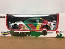 1/24 Terry Labonte #5 Kelloggs Corny NASCAR Revell Select