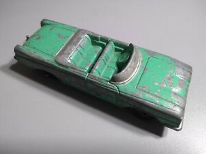 Vintage Tootsietoy Chicago 24 Toy Car Oldsmobile P-10210
