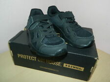 infant Under Armour triple black shoes trainers with fasteners uk 10 eur 27.5