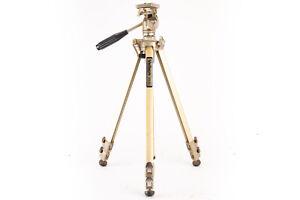 Velbon VG-3 Aluminum Tripod with Pan Tilt Head Camera Photo Video Vintage V18