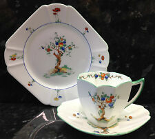 "Shelley Queen Anne Shape ""Crabtree"" Pattern Tea Cup Trio."