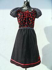 Damenkleider im Empire-Stil aus Baumwolle mit Carmen-Ausschnitt