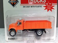 HO 1/87 Boley # 4034-99 IH Navistar Single Axle w/Stake Box - Orange