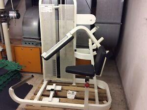 Bauchmaschine Life Fitness Performens Line
