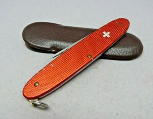 Victorinox 84mm Popular Swiss Army Knife in Red Alox with old Swiss Cross