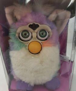 Vintage 1999 Furby Original TieDye Rainbow 70-800 NIB Tiger Electronic Animated