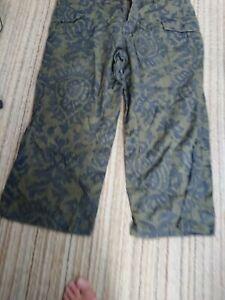 Tommy Hilfiger Woman' Capri Cargo Green Trousers Size 14 W36 L25in