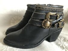 Corral Studded Handcrafted Wrap STRAP Booties Boots Sz 7 (Used Once)
