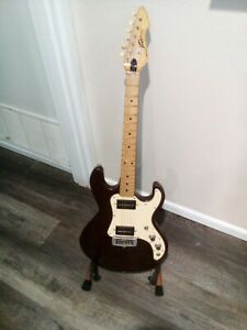 1981 Peavey T15 with Hard Case      Made in USA