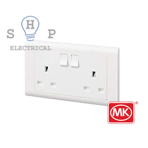 NEW MK Essentials Screwless 13A Two Gang Switched Double Socket Single USB