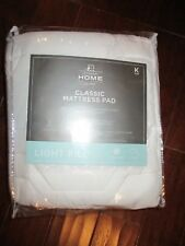 mattress pad King Size bed new