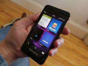 BlackBerry Z10 16GB Unlocked Smartphone Mobile Phone MIX GRADE