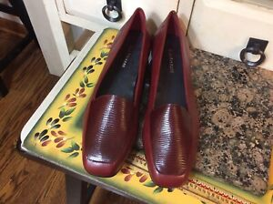 Enzo Angiolini Women's Leather Loafers 'Liberty'  Burgundy Red Size US 10M Shoes