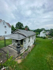 FORECLOSURE! 2 BEDROOM 1 BATH ON QUIET STREET IN PA! GREAT INVESTMENT! NO RSRV