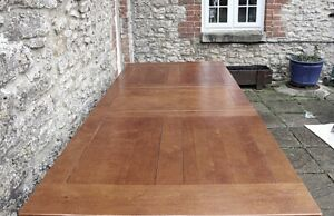 Beautiful Bergerac Solid Oak French Farmhouse Extendable Refectory Table