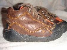 chaussures garçon ~ pointure 21 ***MOD8***
