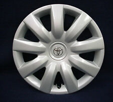"TOYOTA CAMRY 04-06 15"" 9 SPOKE SILVER WHEEL COVER / HUBCAP - 1 - OEM"