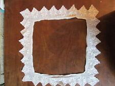 Pezzo di ampia anni'50 FILET Lace Crochet BORDATURA PER VASSOIO Stoffa / Cuscino