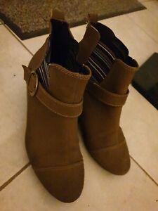 Modare Ultraconforto Arina Womens Comfortable Ankle Boots - size 7 euro 38