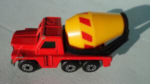 Matchbox Superfast No 19 Cement Truck 1976 Lesney England