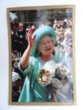 The Royal Family Sticker Album Panini 1988 - No.24 - Queen Mother.